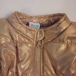 🌺Toddler Shimmery Gold Vest 🌺